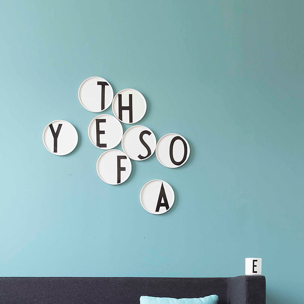 top3 by design - DESIGN LETTERS - porcelain plate hanger
