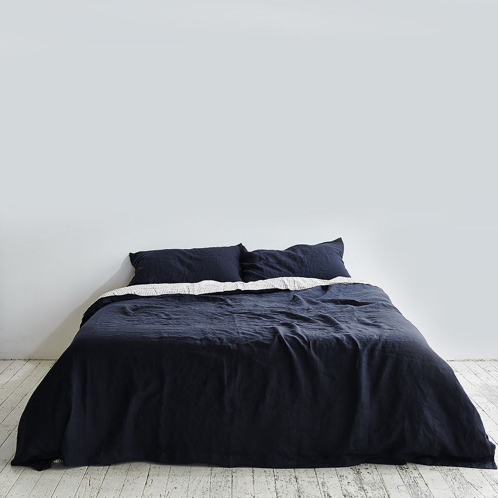 Top3 By Design In Bed In Bed Duvet Linen Queen Navy