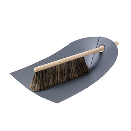 normann copenhagen dustpan broom dark grey 1000