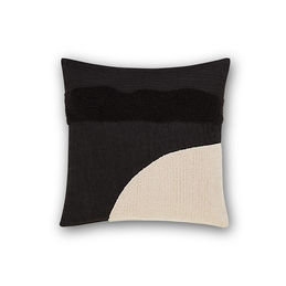 tom dixon stitch cushion 45 front 1000
