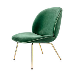 gubi beetle lounge chair conic brass velluto 234 front 1000