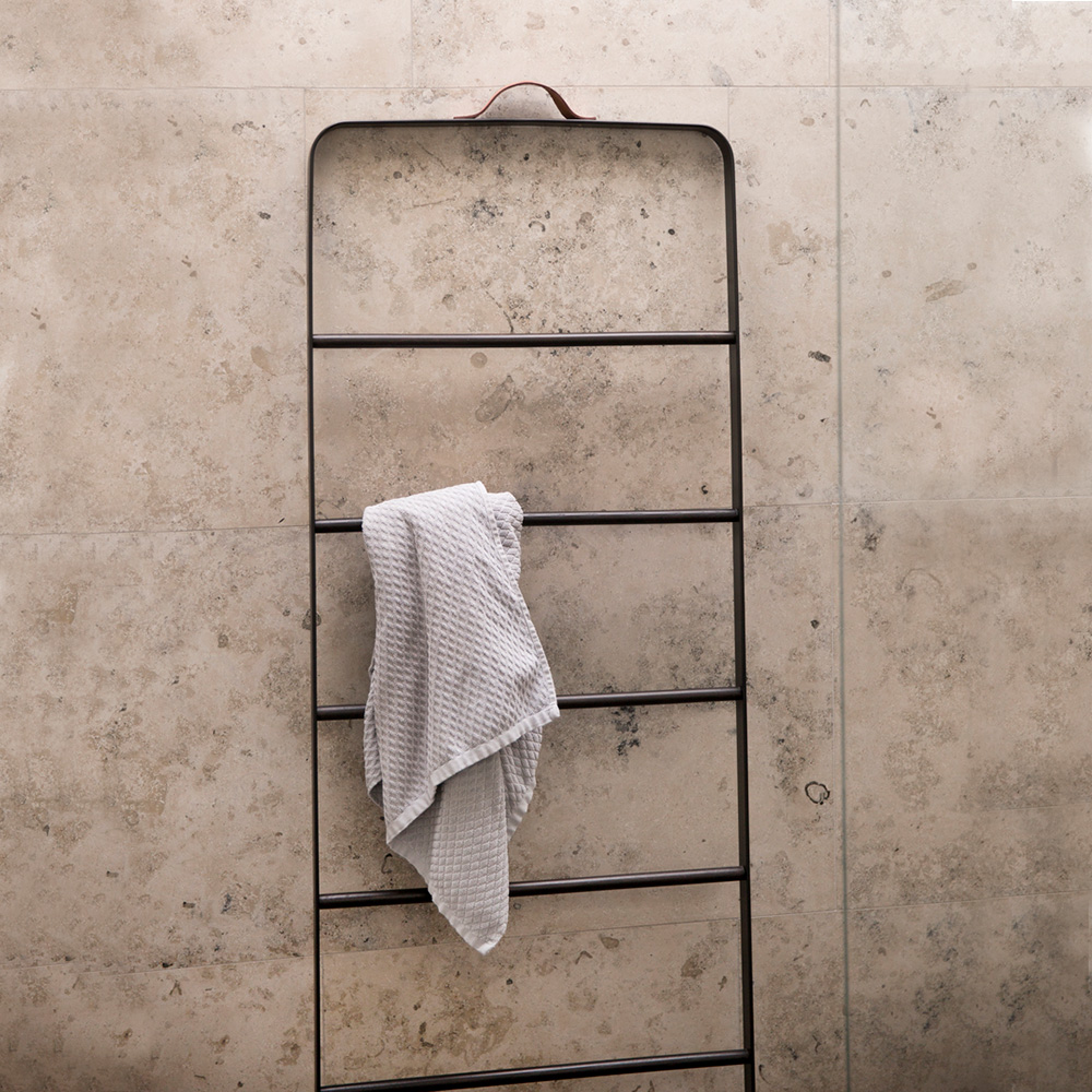 menu towel ladder black 1000