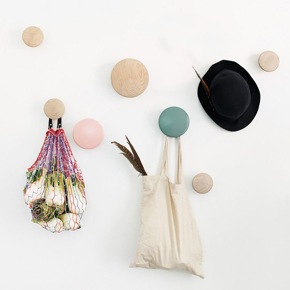 muuto wall dots oak with colours 800