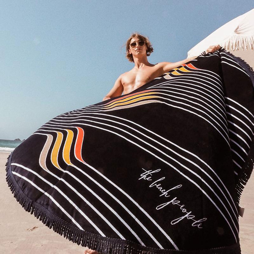 the beach people starboard round towel lifestyle 04 1000