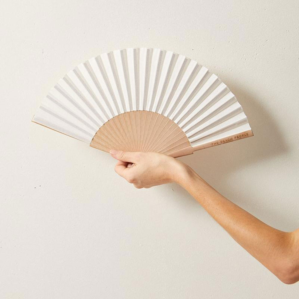 the beach people fan cream hand 1000