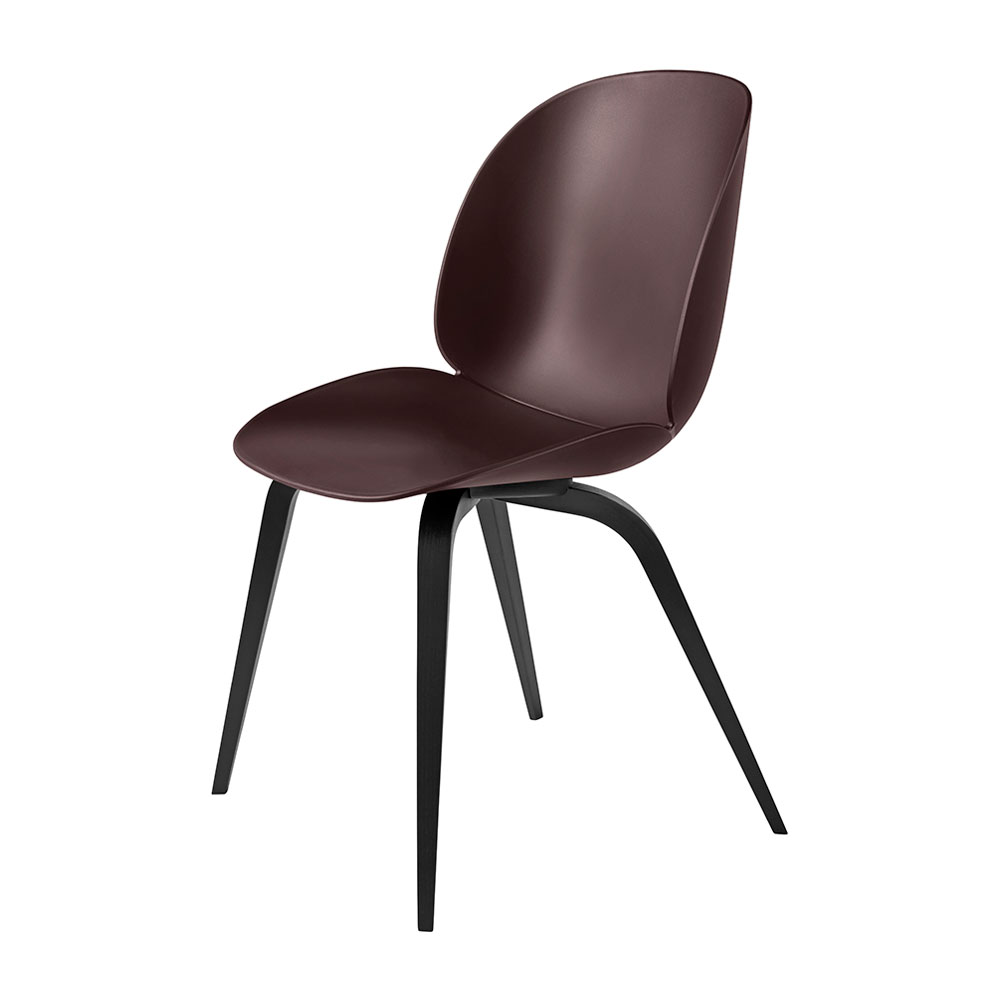 gubi beetle dining chair conic wood unupholstered black beech dark pink main 1000