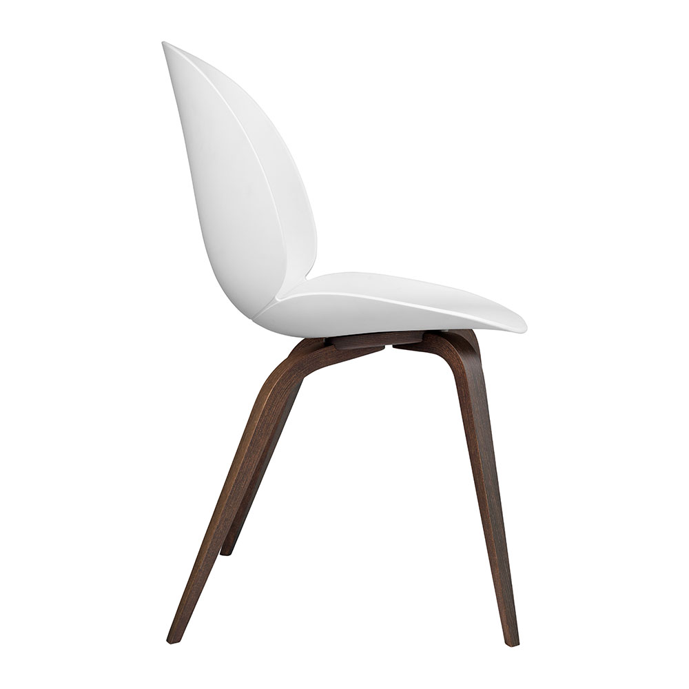 gubi beetle dining chair conic wood unupholstered smoked oak pure white side 1000