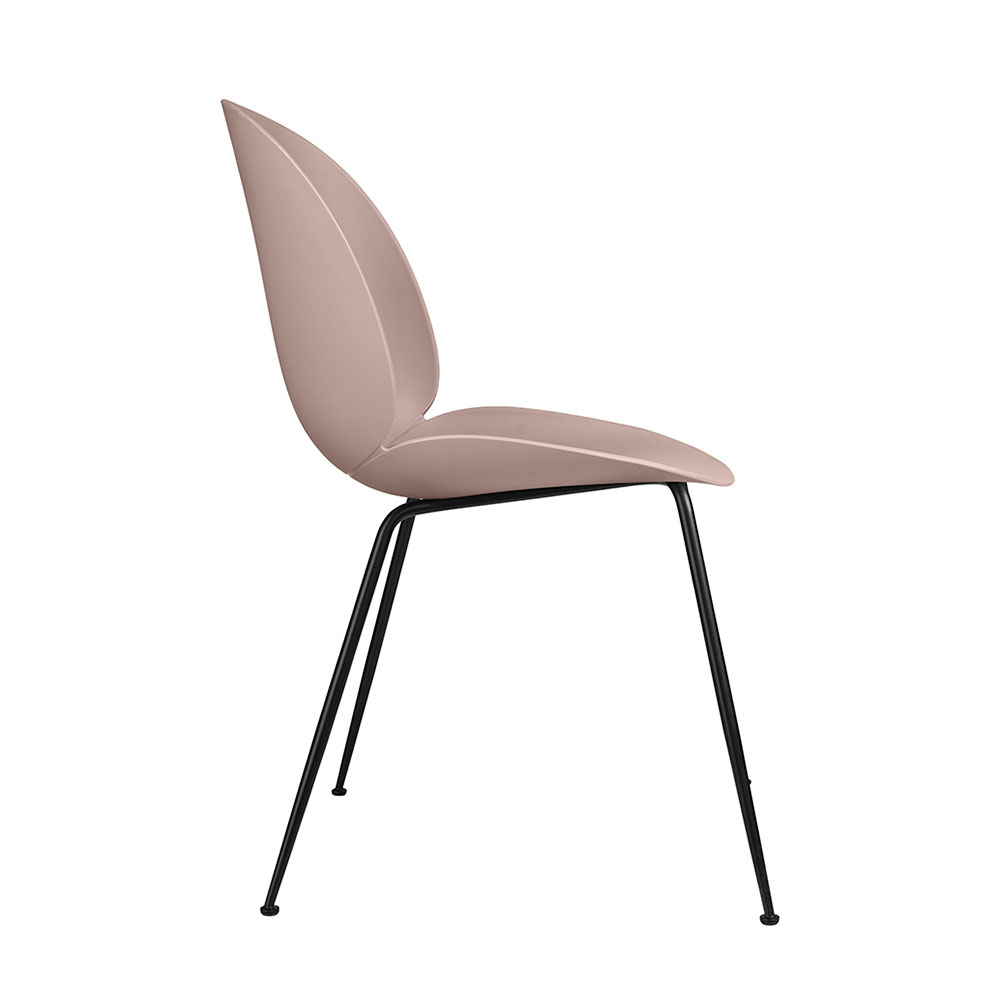 gubi beetle dining chair conic black unupholstered sweet pink side 1000