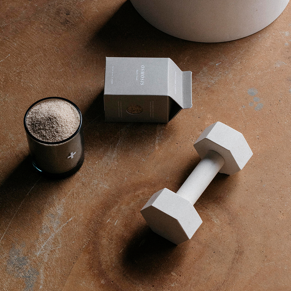 addition studio dumbbell limestone lifestyle 04 1000
