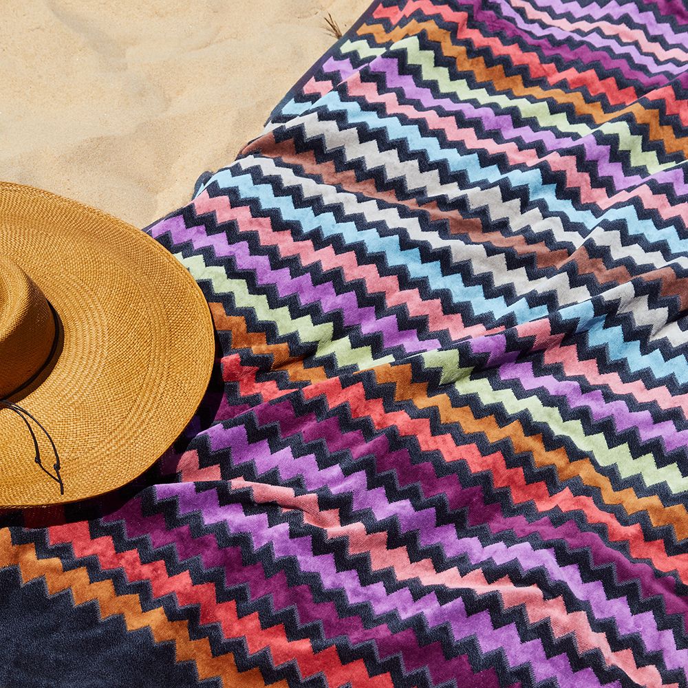 missoni home beach towel warner 159 lifestyle 02 1000jpg