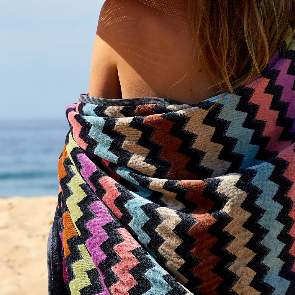 missoni home beach towel warner 159 lifestyle 04 1000jpg