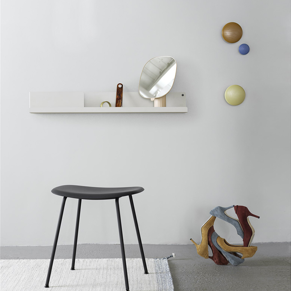muuto dots clay brown green beige pale blue lifestyle 1000