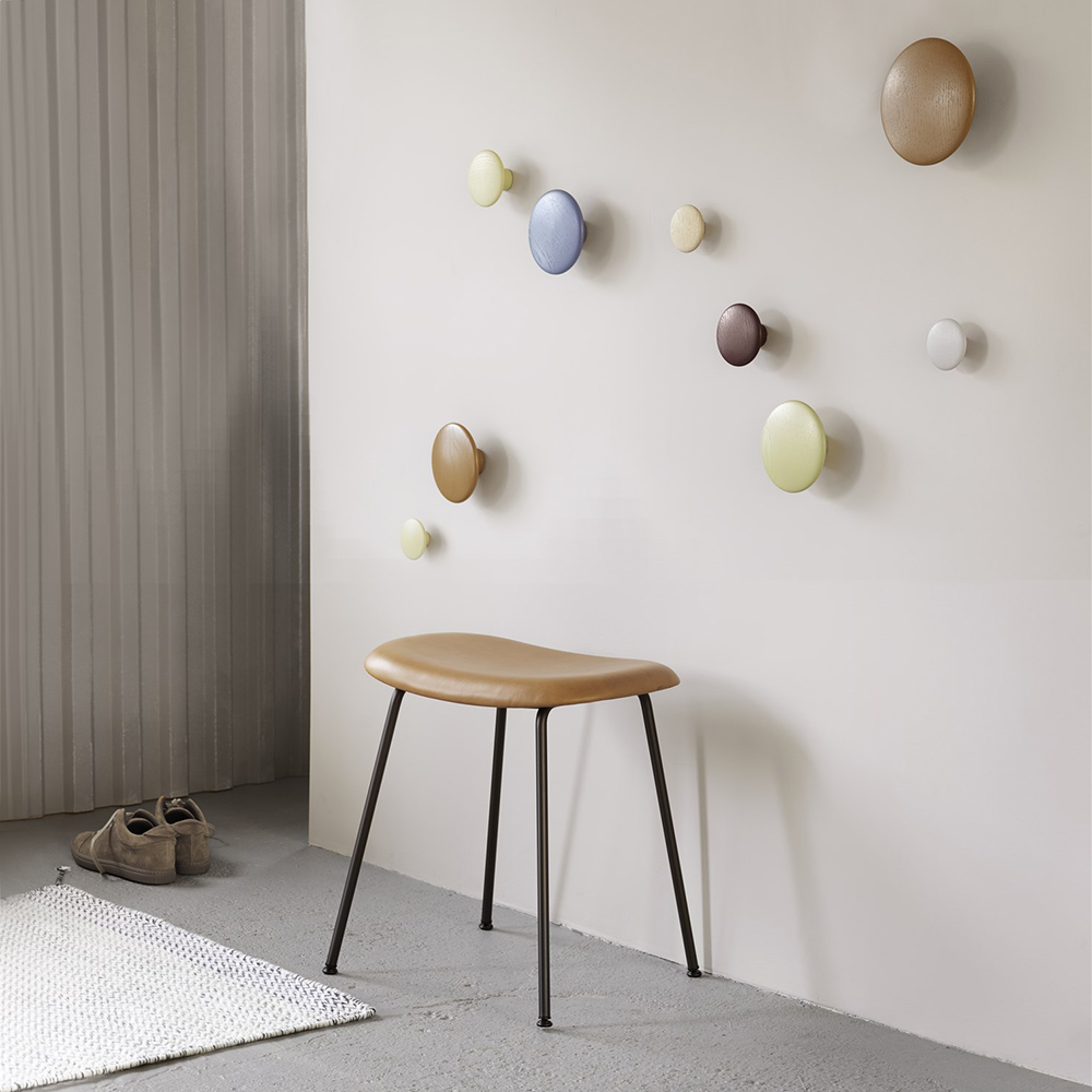 muuto dots burgundy pale blue beige green clay brown lifestyle 1000