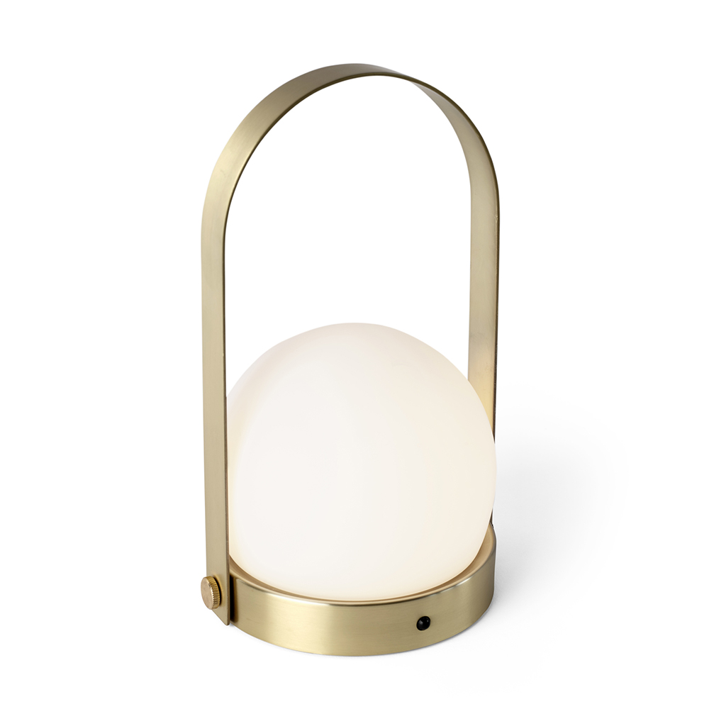 menu carrie lamp brass angle 01 1000