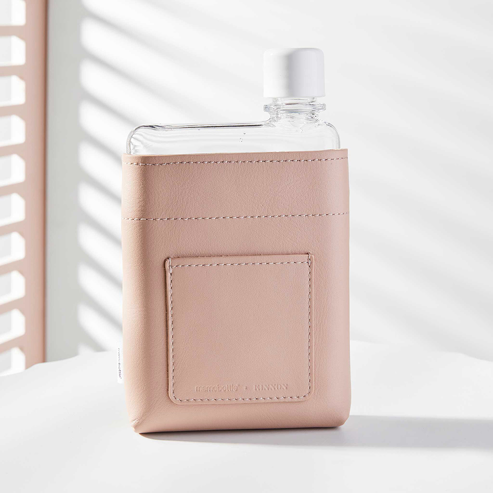 memobottle leather sleeve nude a6 lifestyle 01 1000