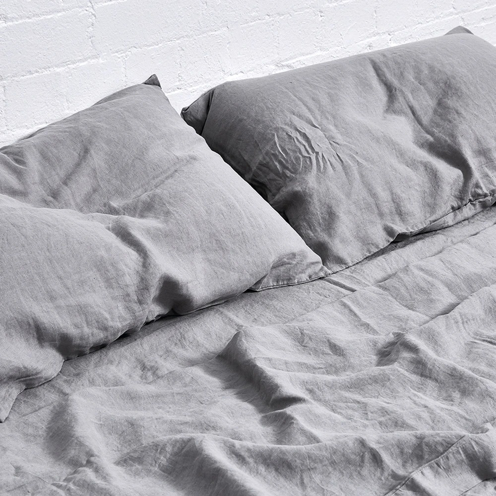in bed linen cool grey sheet 02 1000