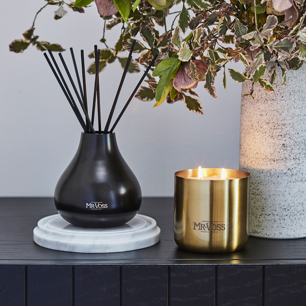 mr voss diffuser candle lifestyle 04 1000