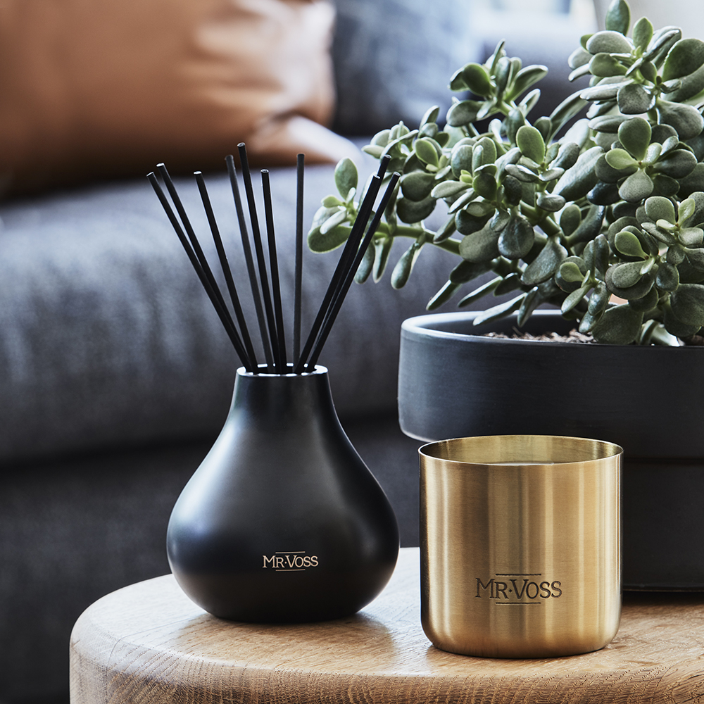 mr voss diffuser candle lifestyle 01 1000