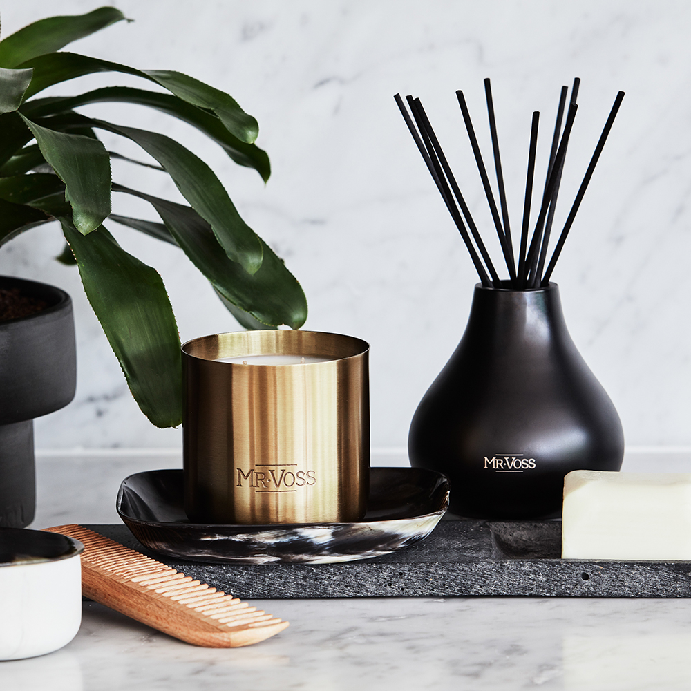 mr voss diffuser candle lifestyle 02 1000