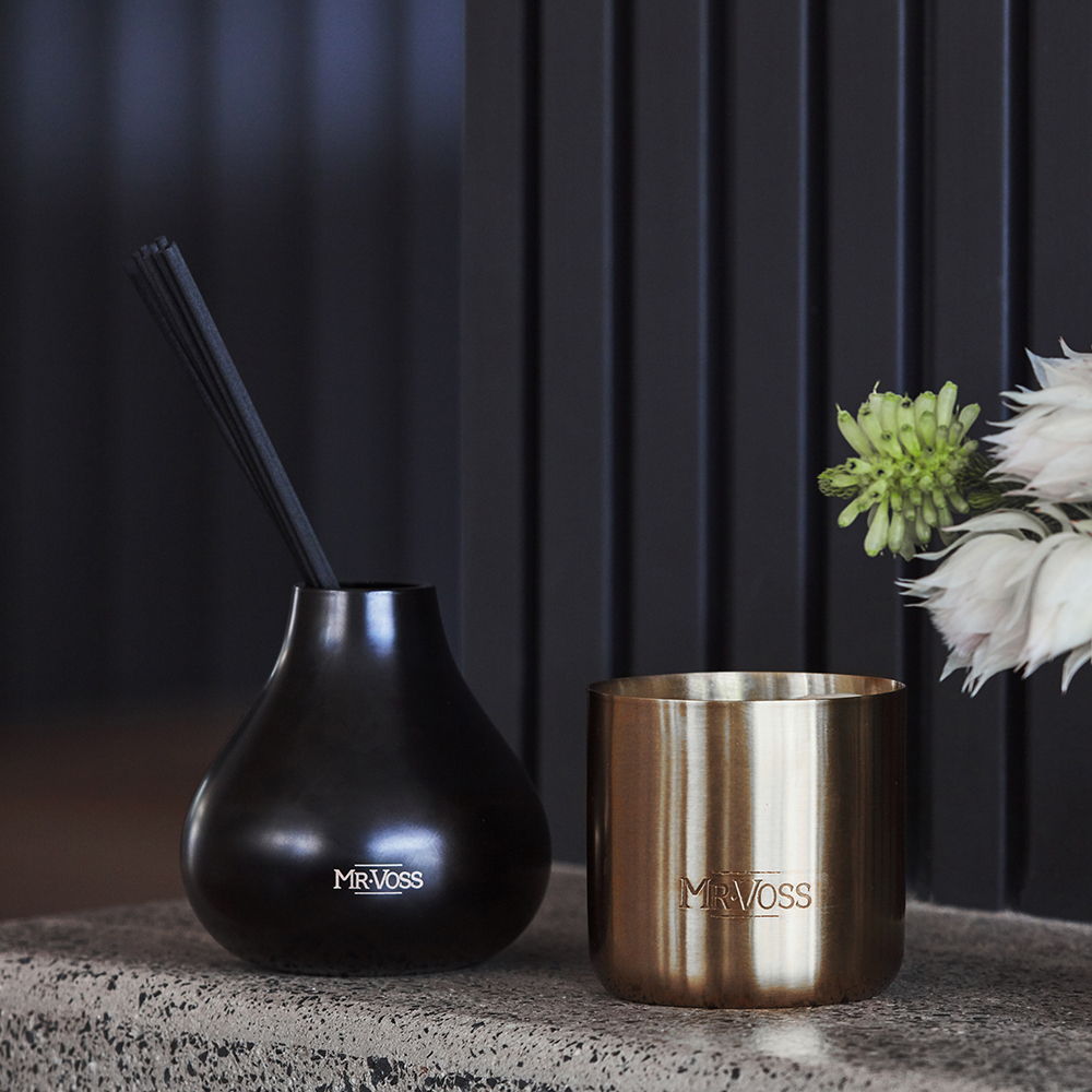 mr voss diffuser candle lifestyle 03 1000