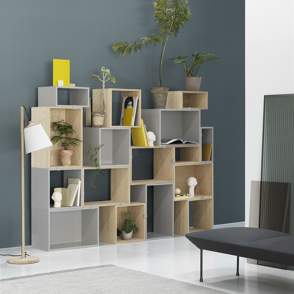 muuto stacked light grey oak combi pull lamp 1000