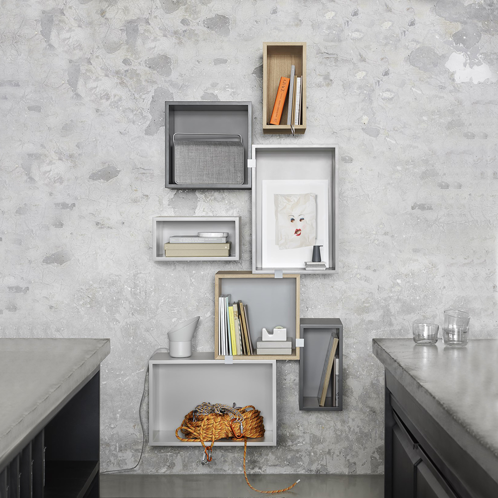 muuto stacked grey oak combi 01 1000
