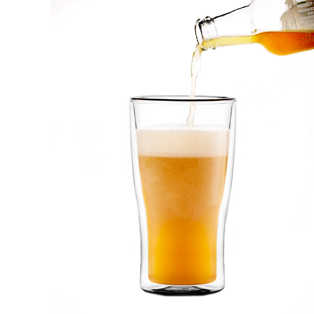 that inventions double wall glass weizen pouring 1000