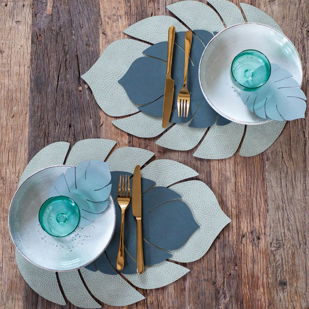 linddna table mat leaf small nupo dark green lifestyle 02 1000