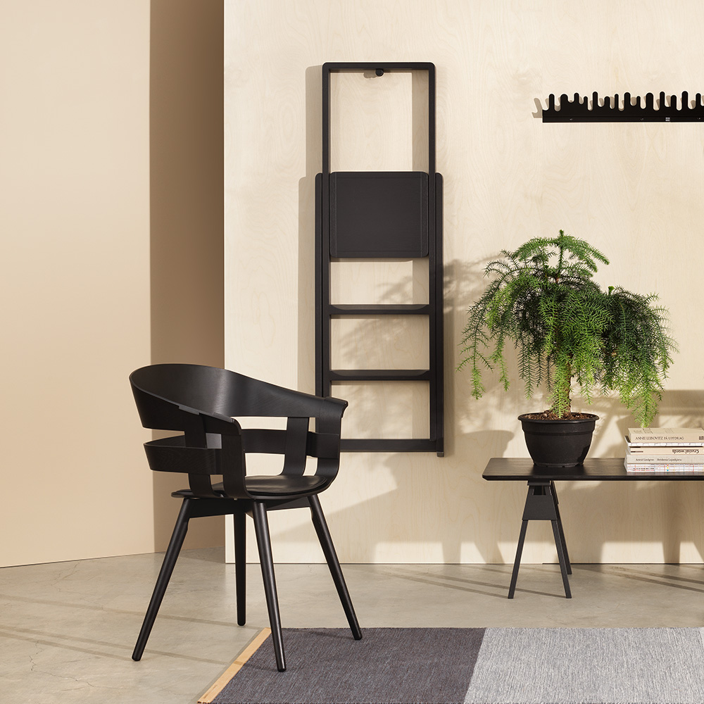 design house stockholm step ladder black lifestyle 02 1000