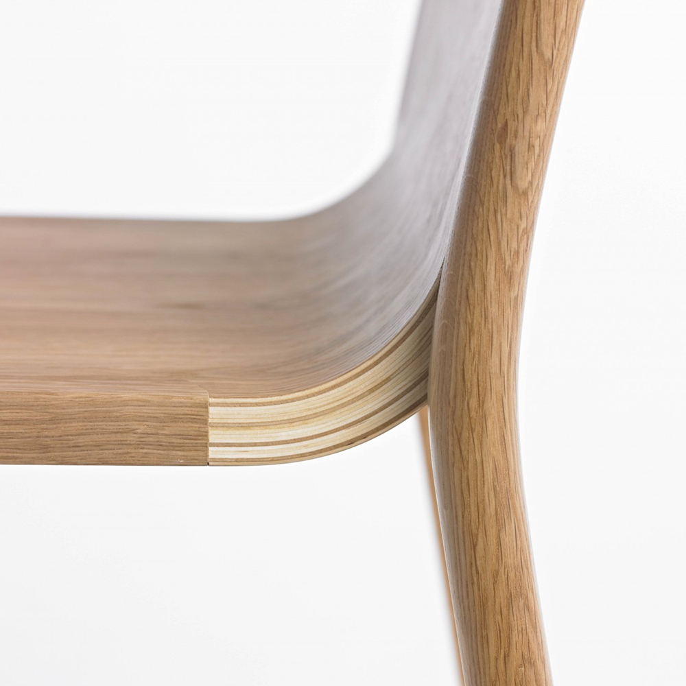 go home hollywood chair oak side detail 1000