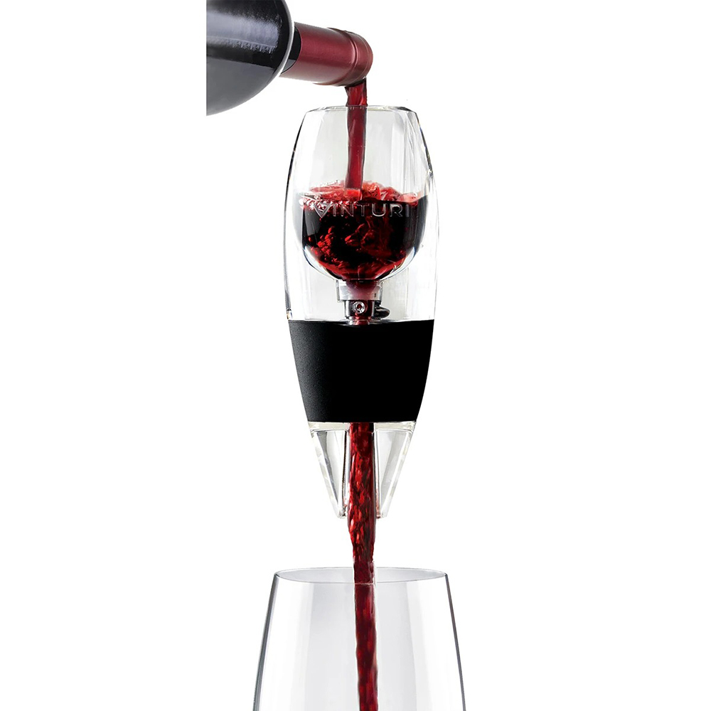 vinturi red wine aerator lifestyle 01 1000