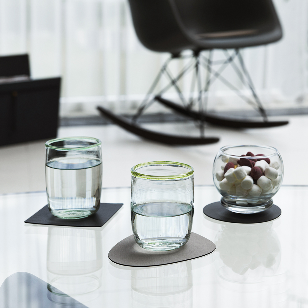 linddna glass mat circle double anthracite light grey lifestyle 1000