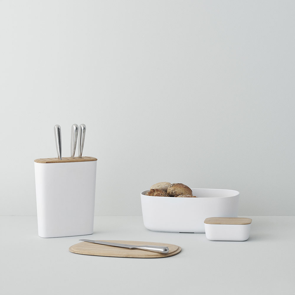 stelton rig tig bread butter knife block white lifestyle 01 1000