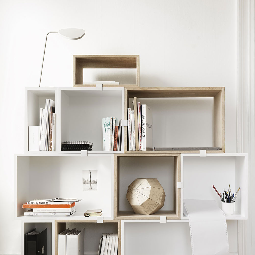 muuto stacked leaf table lamp white lifestyle 01 1000
