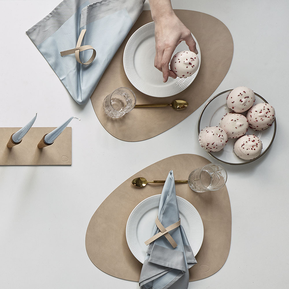 lind dna tablemat curve nupo sand lifestyle 03 1000