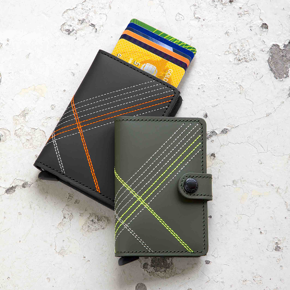 secrid miniwallet stitch linea orange lime lifestyle 01 1000