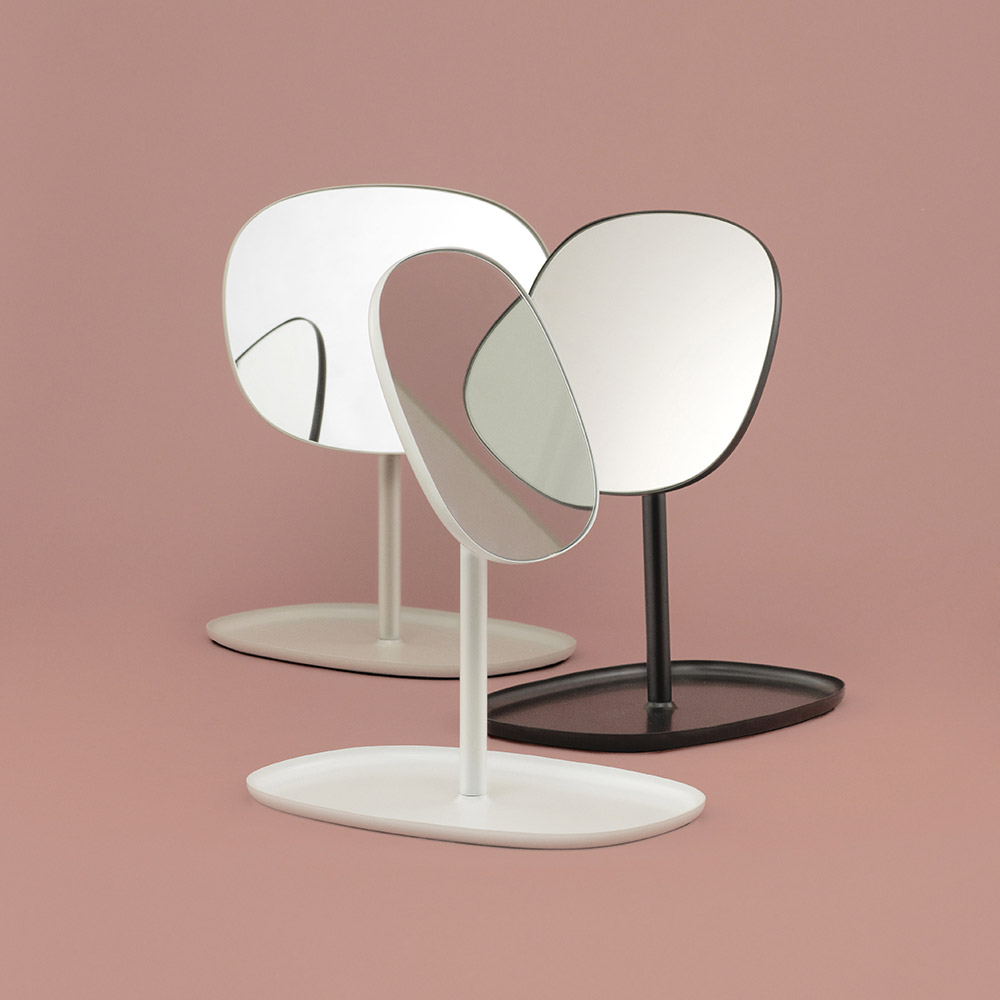 normann copenhagen flip mirror group 1000