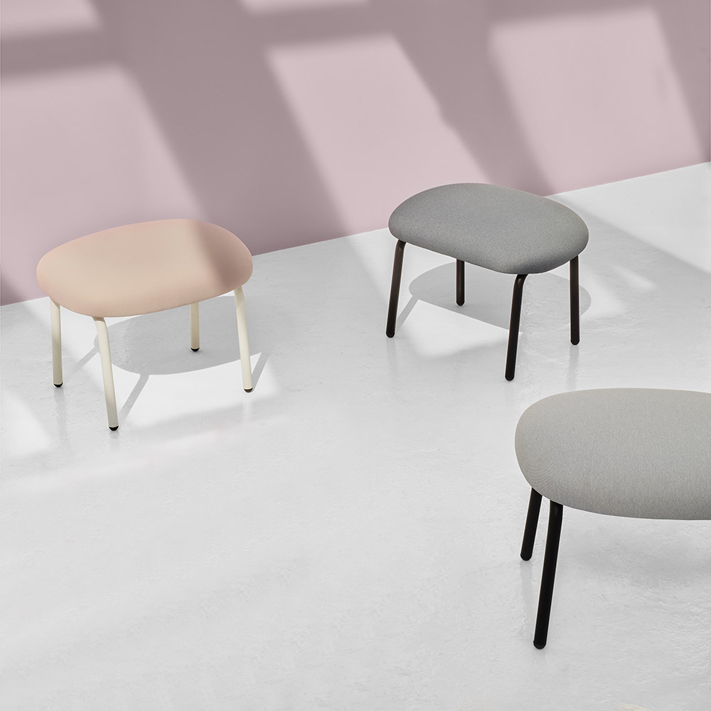 puik dost footstool group lifestyle 02 1000