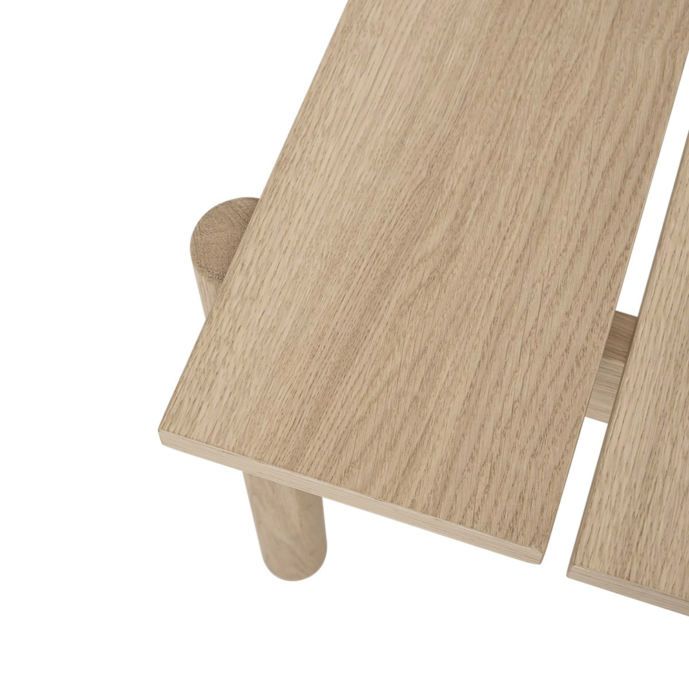 muuto linear wood bench detail top 01 1000