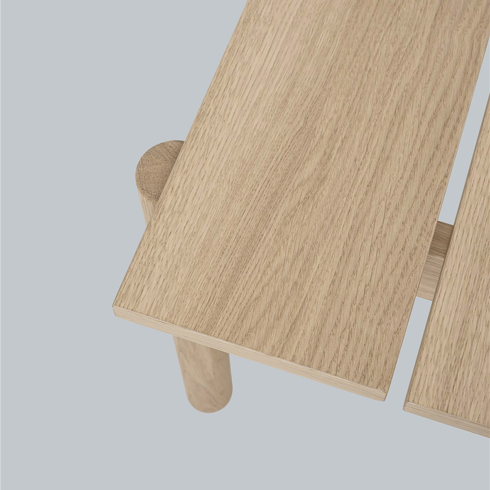 muuto linear wood bench detail top 02 1000