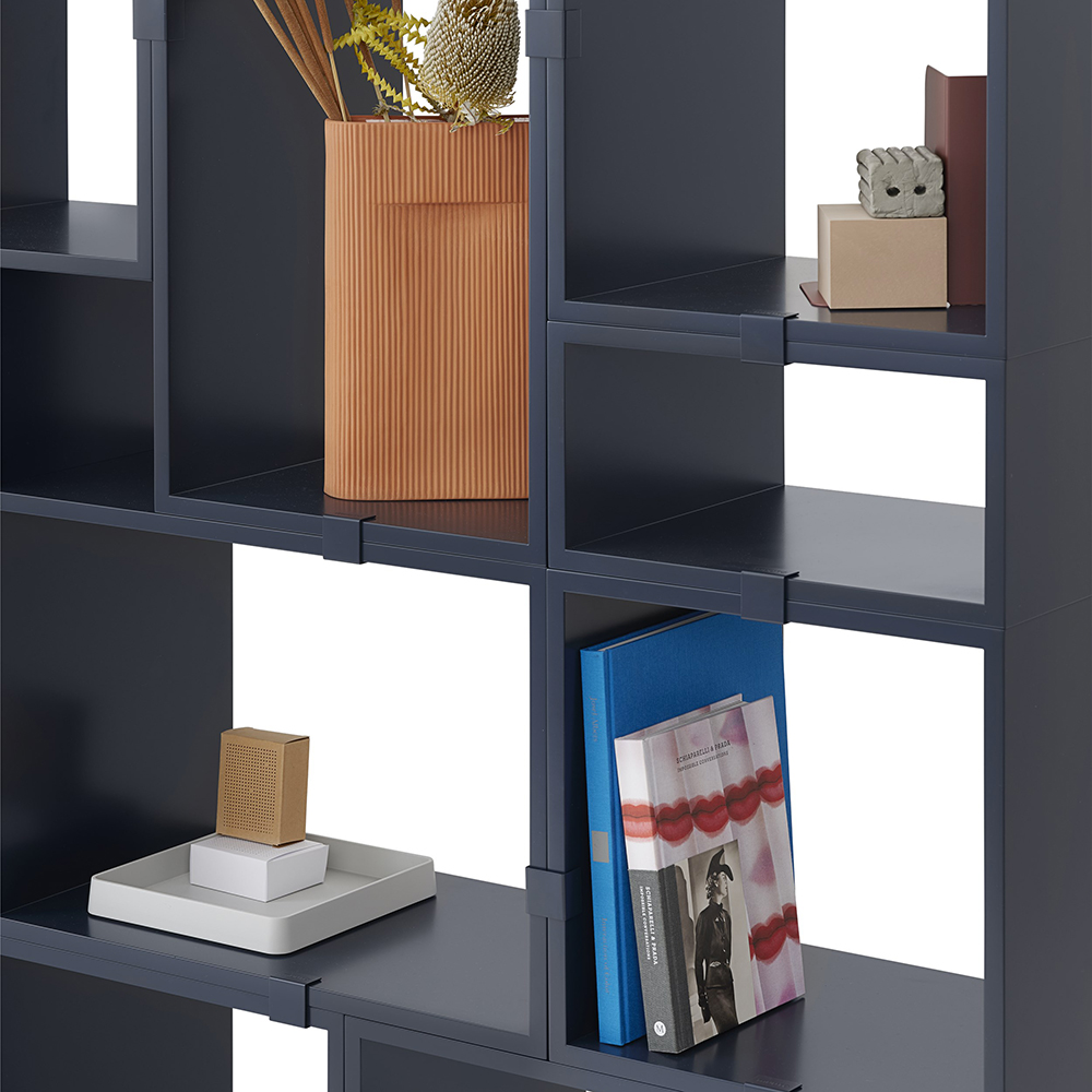 muuto stacked midnight blue configuration 10a detail 01 1000
