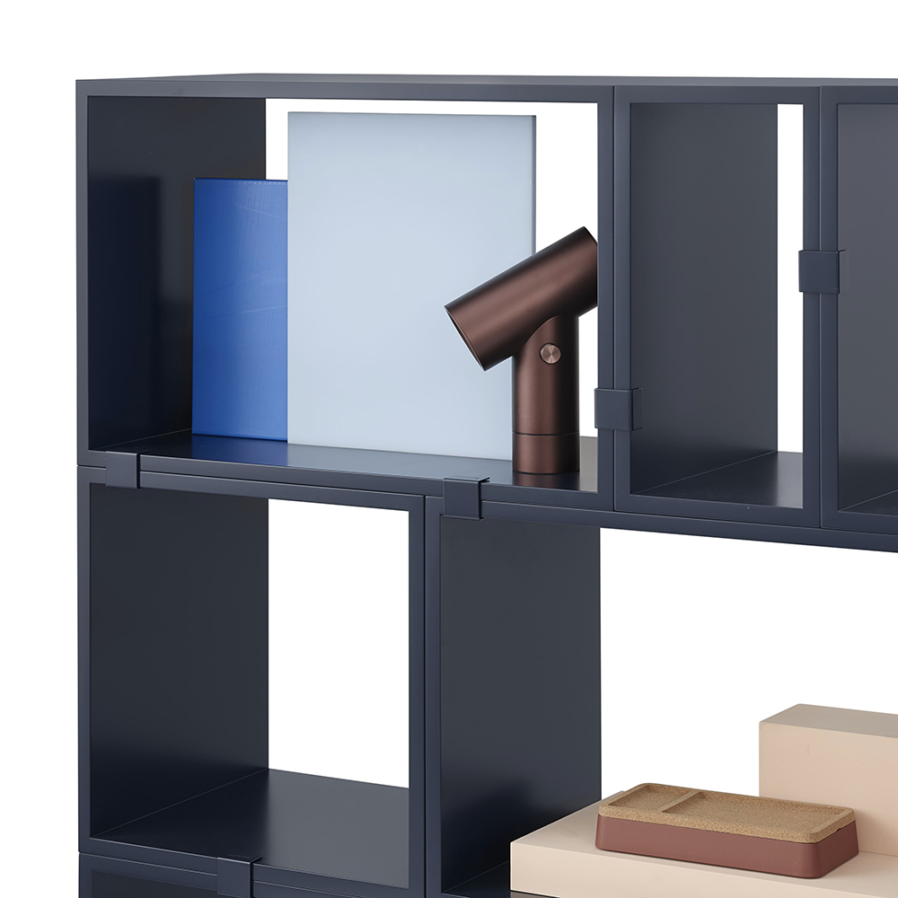 muuto stacked midnight blue configuration 10a detail 02 1000
