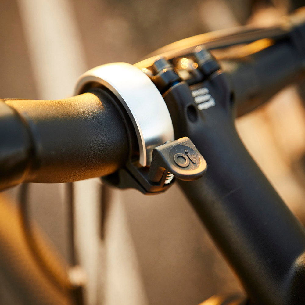 oi bike bell silver lifestyle 03 1000