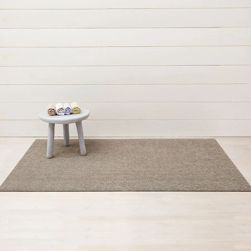 chilewich doormat heathered pebble lifestyle 1000