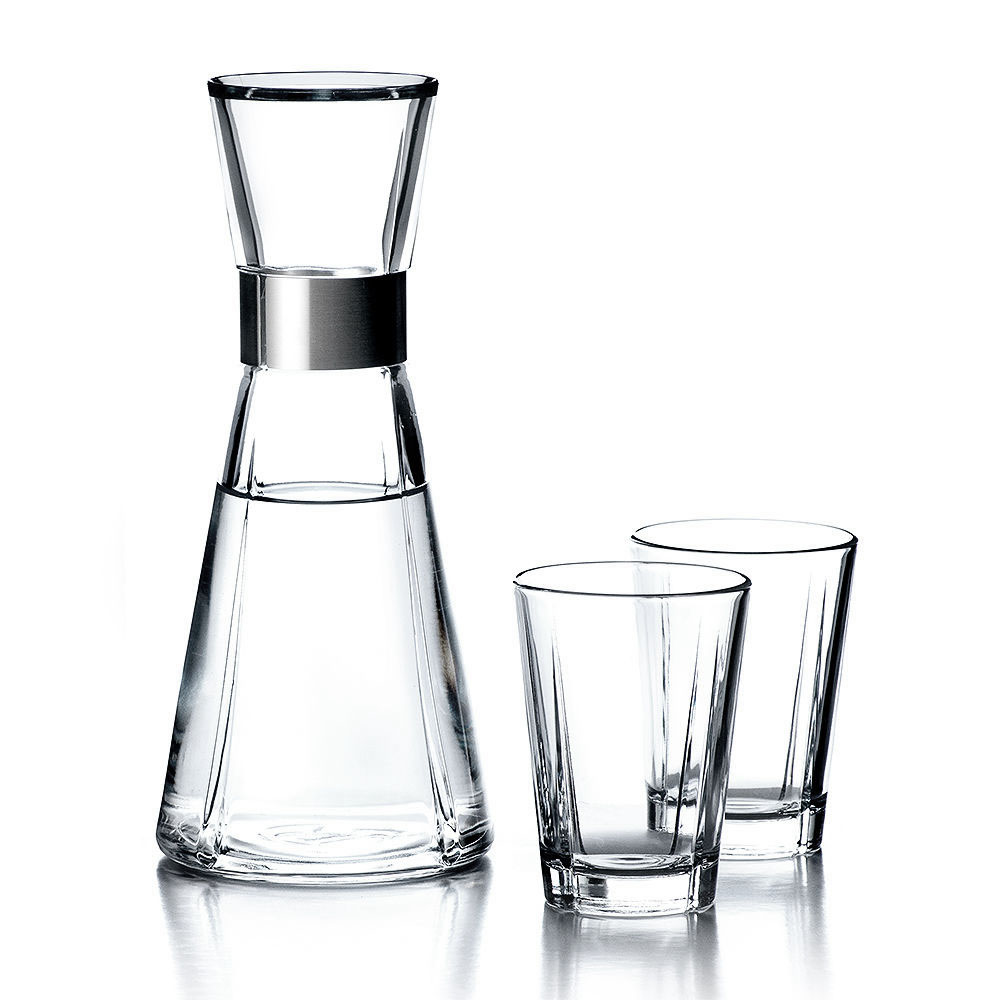 rosendahl grand cru water carafe with glasses 1000