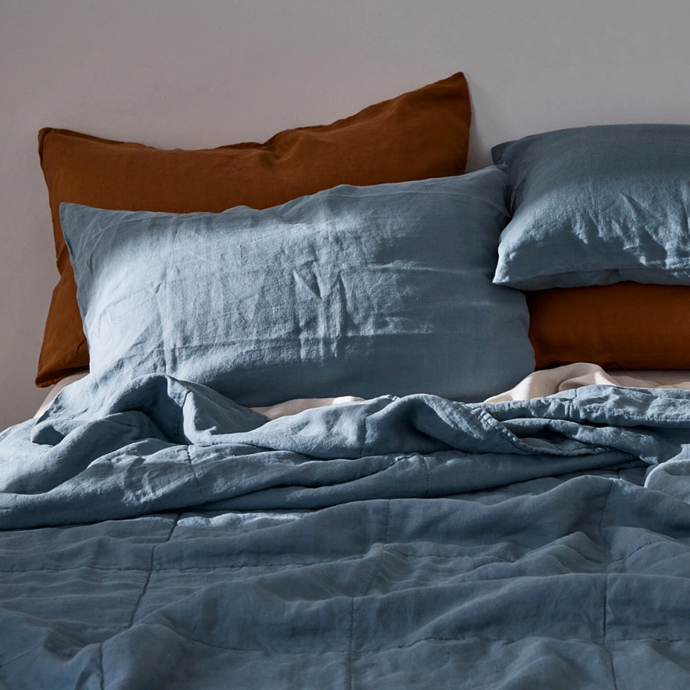 in bed linen bedspread pillow lake blue tobaccol 01 1000