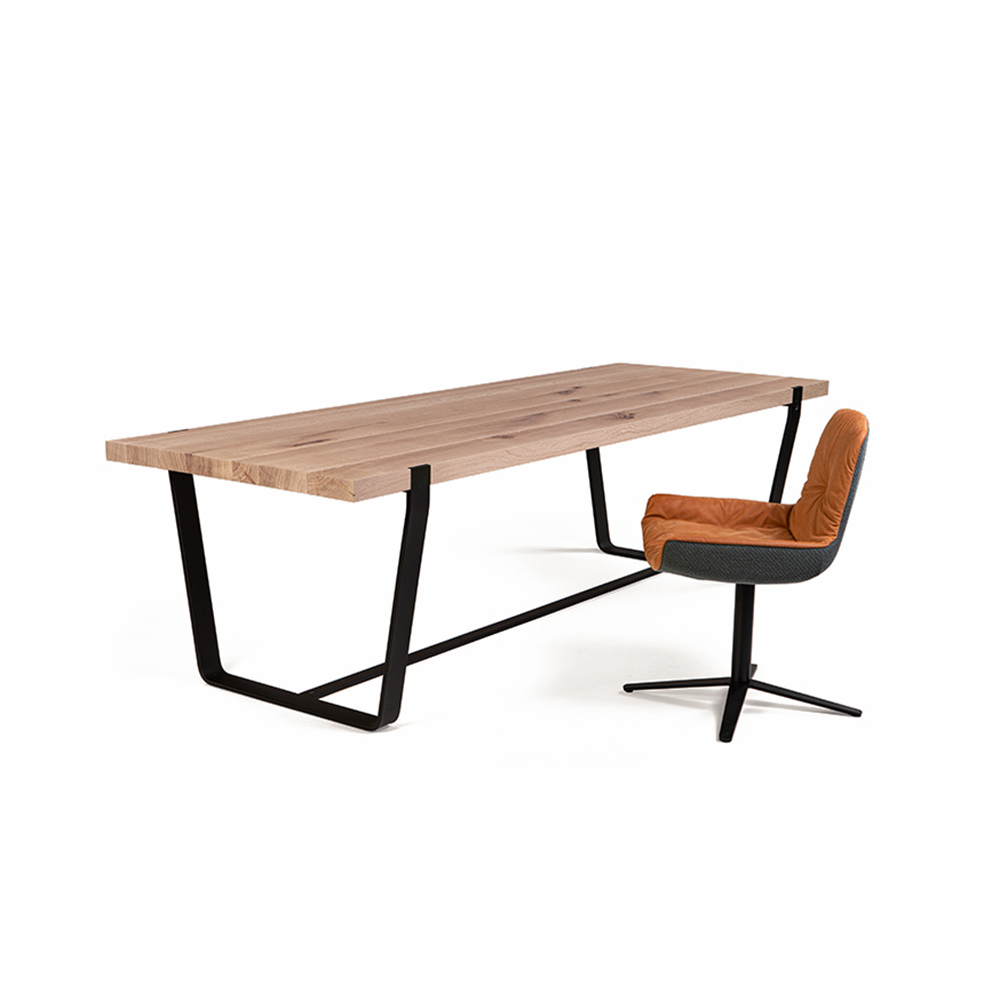 janua bb11 clamp dining table lifestyle 03 1000