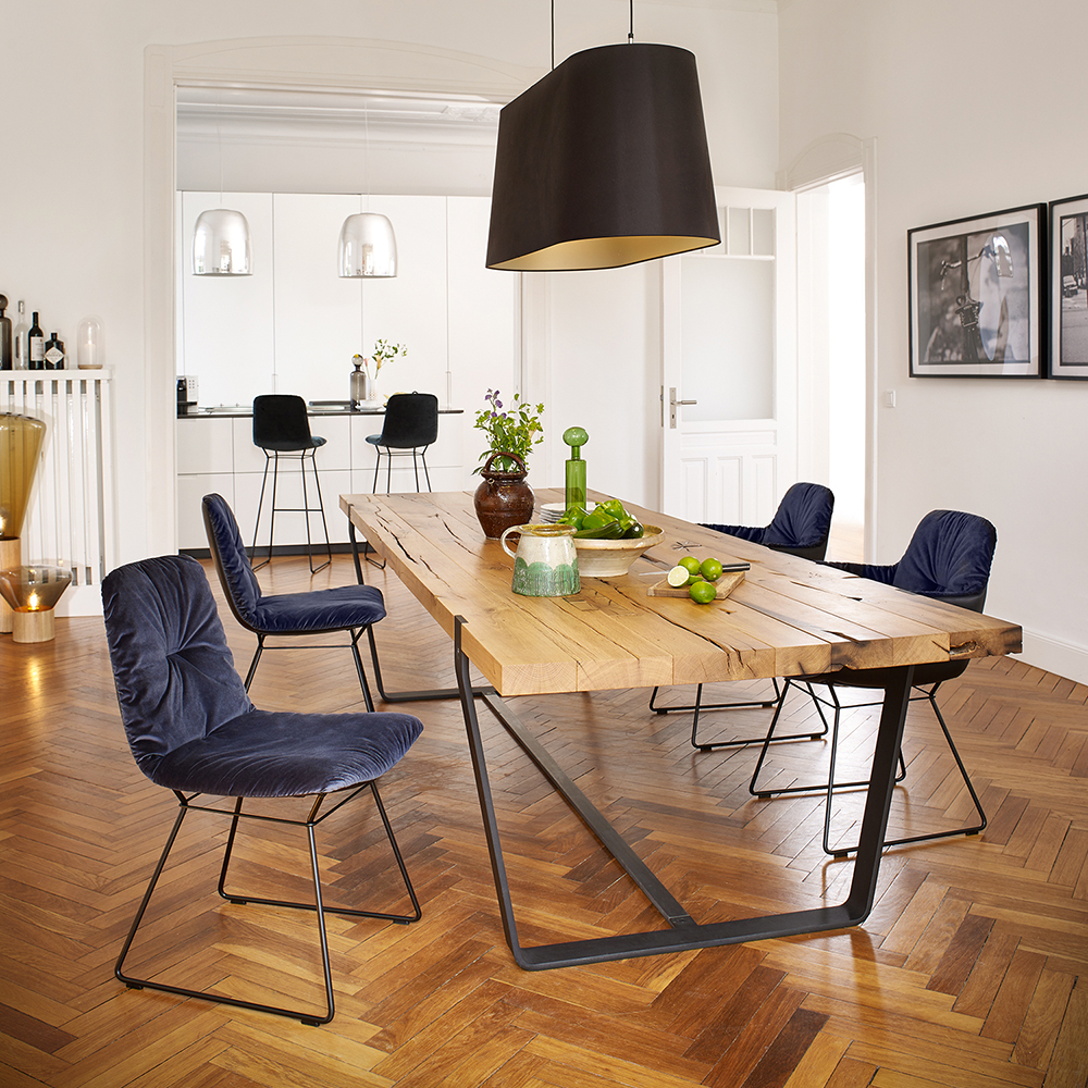 janua bb11 clamp dining table lifestyle 20 1000