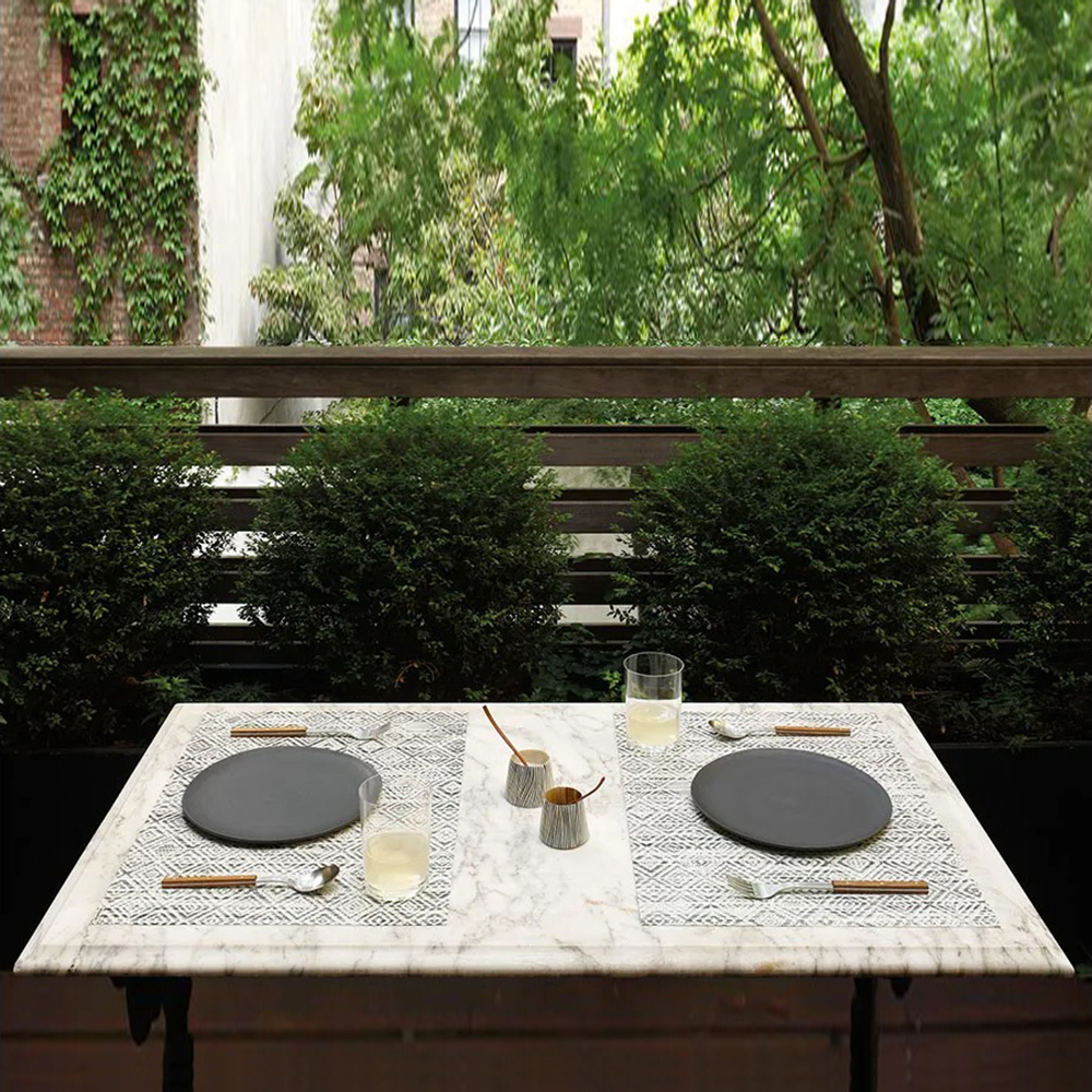 chilewich placemat mosaic white black lifestyle 01 1000