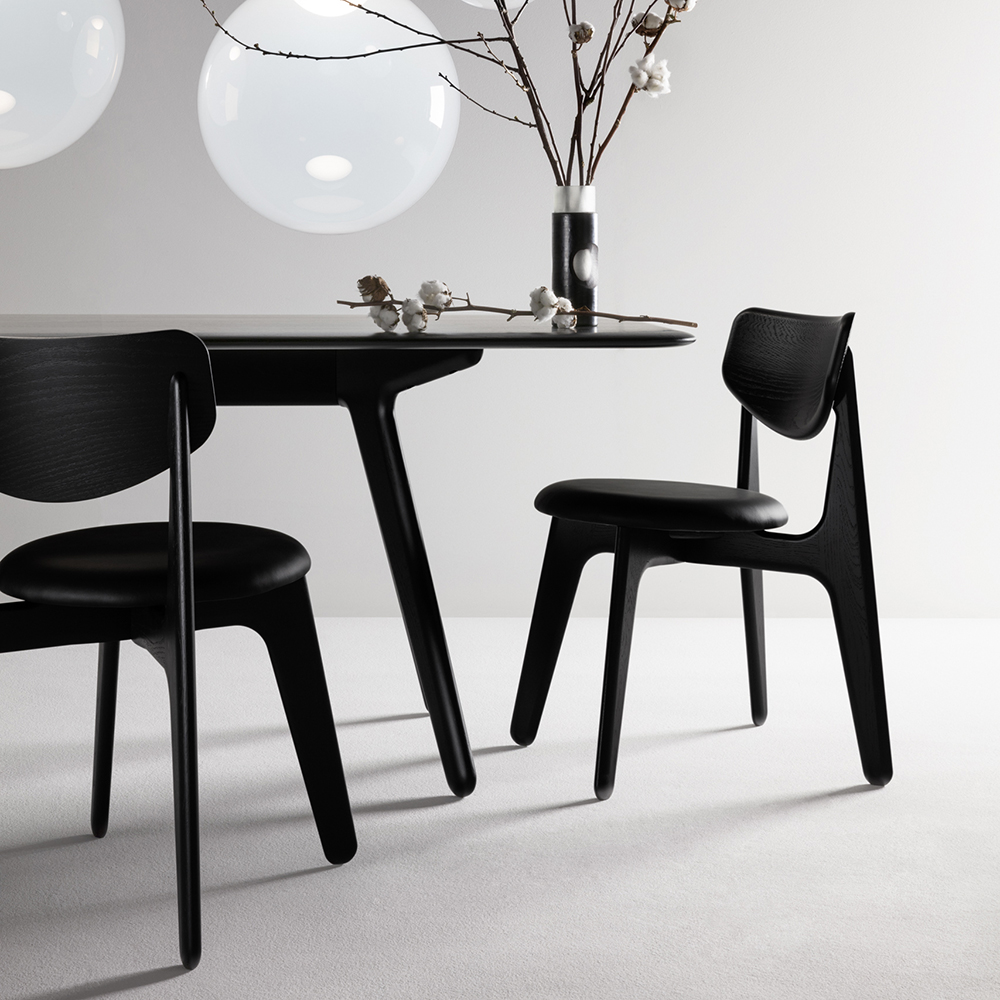 tom dixon slab chair lifestyle 01 1000